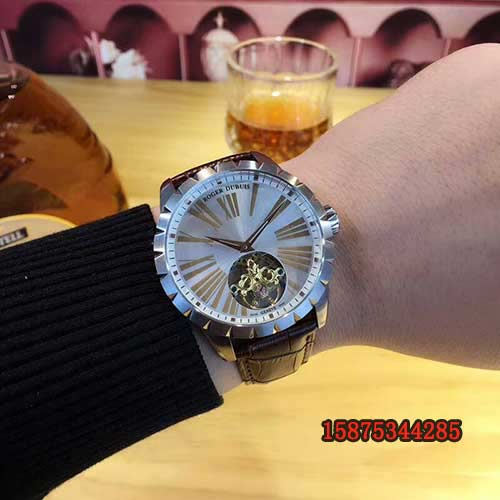 ,Roger Dubuis